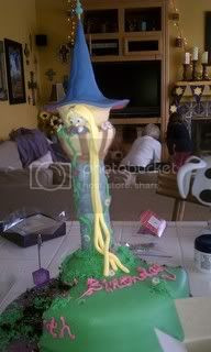 How to Build a Rapunzel Tower Cake